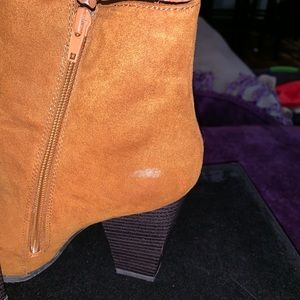 Express Shoes - Boots